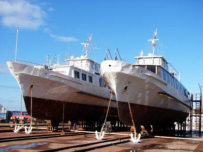 В Севморзавод зашли на ремонт два пассажирских теплохода