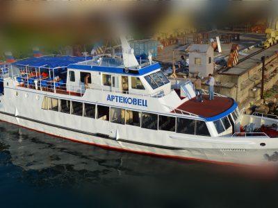 Продается пассажирский теплоход «АРТЕКОВЕЦ»