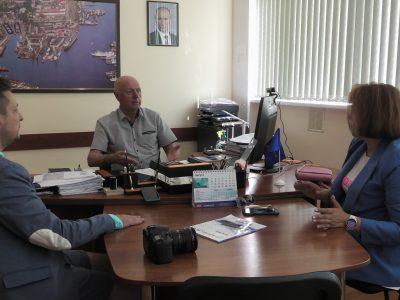 Представители информационного портала «Korabel.ru»                                         в гостях у филиала «СМЗ»